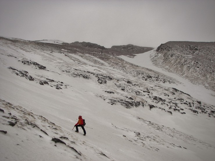 Patches of old snow remain above 700m