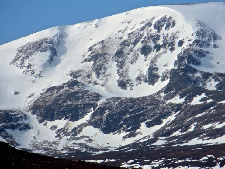 Evidence of old wet snow avalanches on Easterly aspect, Meall a'Chrasgaidh, Fannichs.