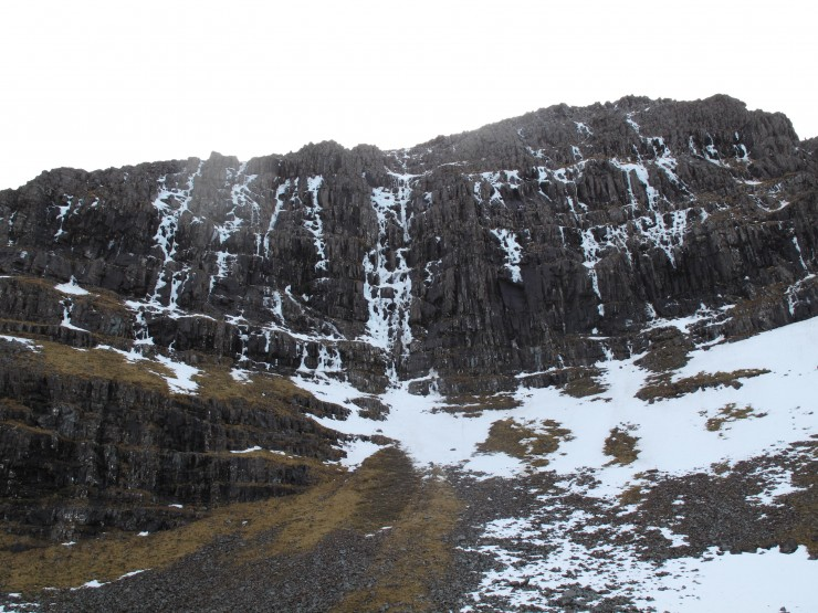 Coire Dubh Mor icefalls are disintegrating.