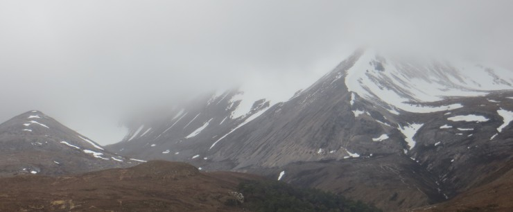 East end Beinn Eighe. A lot of snow loss at lower elevations....but more up high in the cloud.