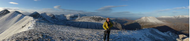 Bein Eighe tops from Sgorr Ban in the cold sunshine.