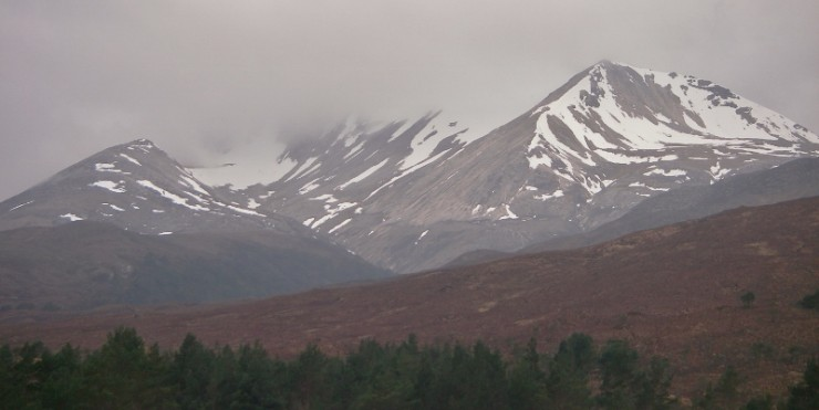 The usual view of Creag Dhubh, Beinn Eighe and the diminishing snowpack.
